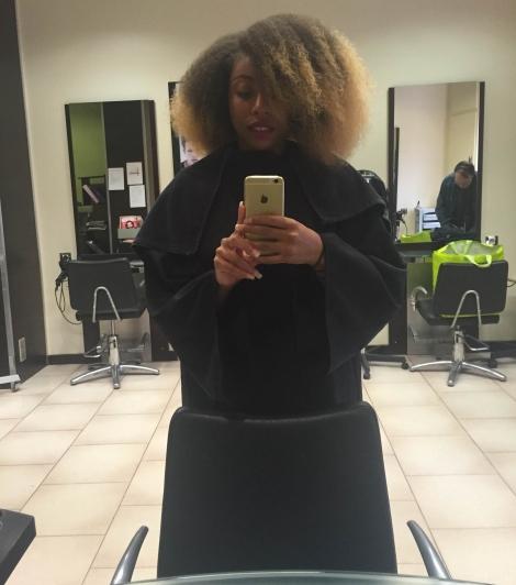 Avant cheveux démêles